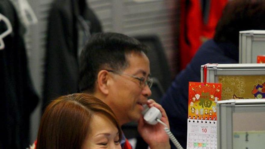 Hong Kong abre sesión un 0,29 por ciento a la baja