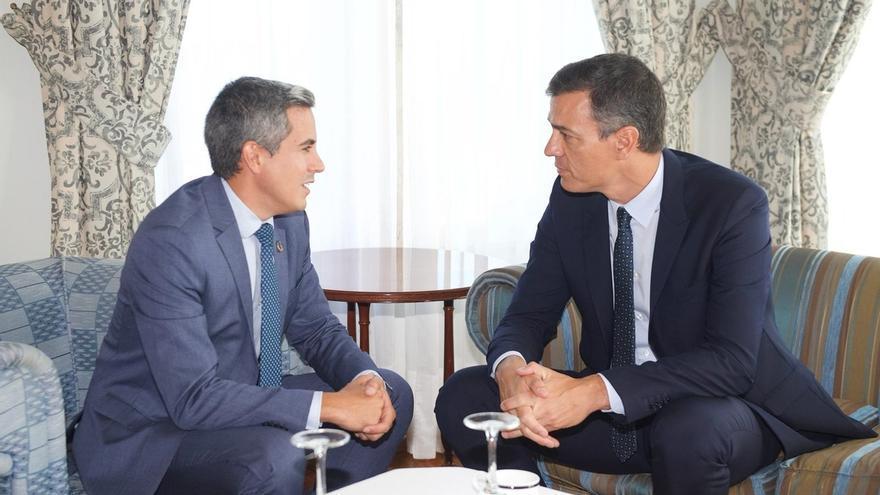 """Zuloaga traslada a Sánchez el """"reconocimiento"""" por el cumplimiento de los compromisos con Cantabria"""
