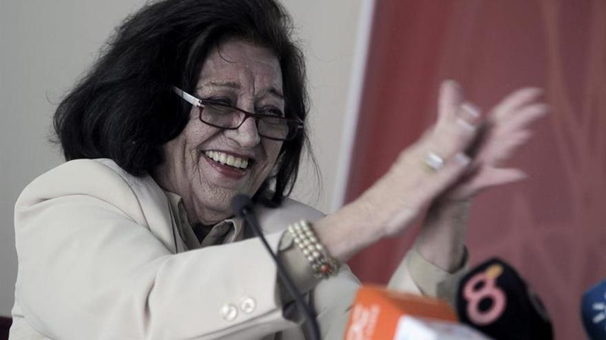 La gaditana Pilar Paz Pasamar gana el noveno Premio de las Letras Andaluzas