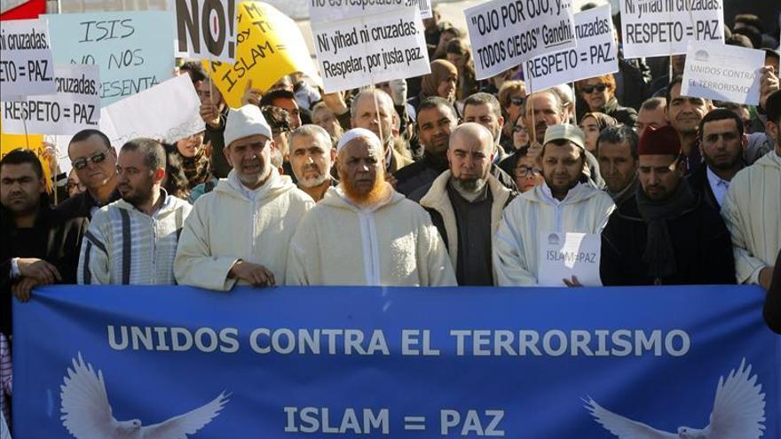 Musulmanes de la mezquita de Madrid, conmocionados por los atentados de París