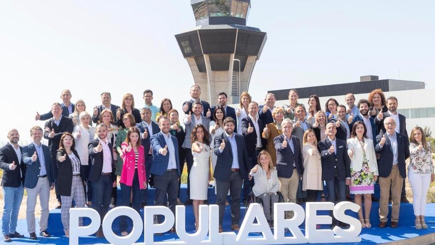El PP de la Región de Murcia presentó la lista electoral que concurrirá a las elecciones autonómicas del 26 de mayo en el aeropuerto de Corvera