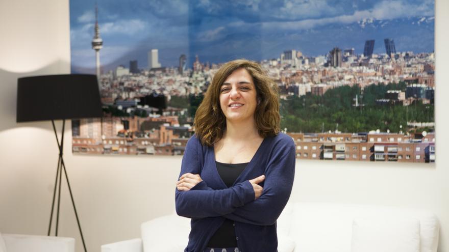 La concejal de Cultura y Deportes, Celia Mayer, en su despacho del Ayuntamiento de Madrid.