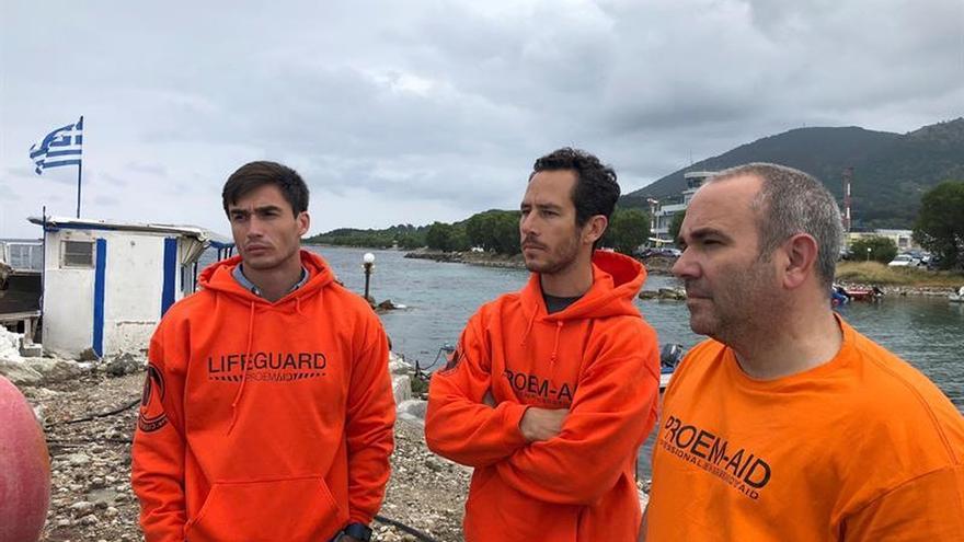 Bomberos sevillanos afrontan un juicio por tráfico de personas en Lesbos