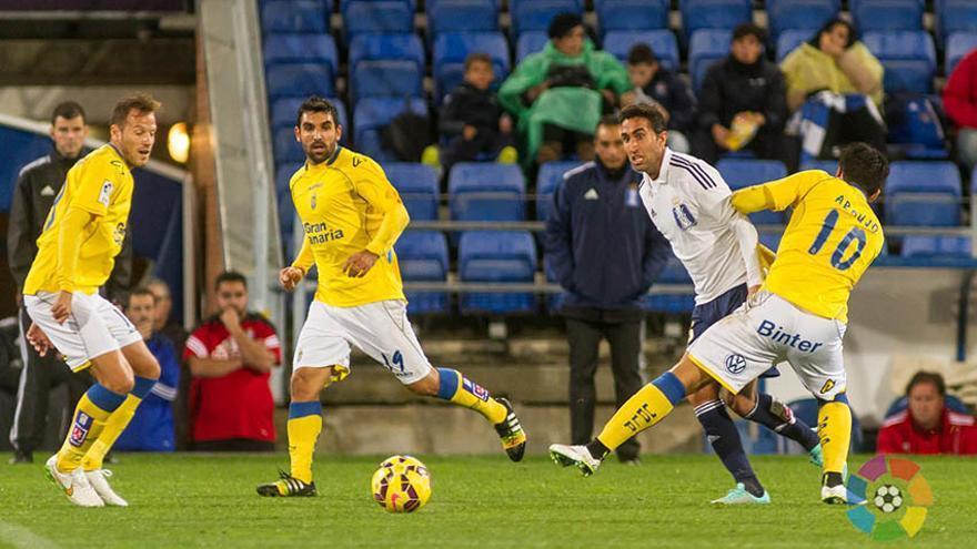 La UD Las Palmas continúa como líder de Segunda después de lograr un claro triunfo por 2-4 sobre el Recreativo de Huelva. (LFP/UD Las Palmas).