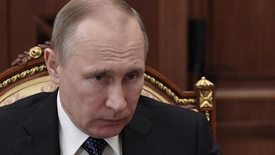 """Putin alerta de nuevas """"provocaciones"""" sobre los ataques químicos en Siria"""