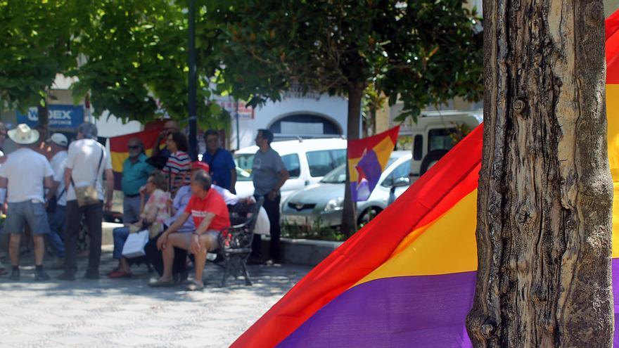 Víctimas del franquismo en la Plaza de la Gavidia (Sevilla). | JUAN MIGUEL BAQUERO