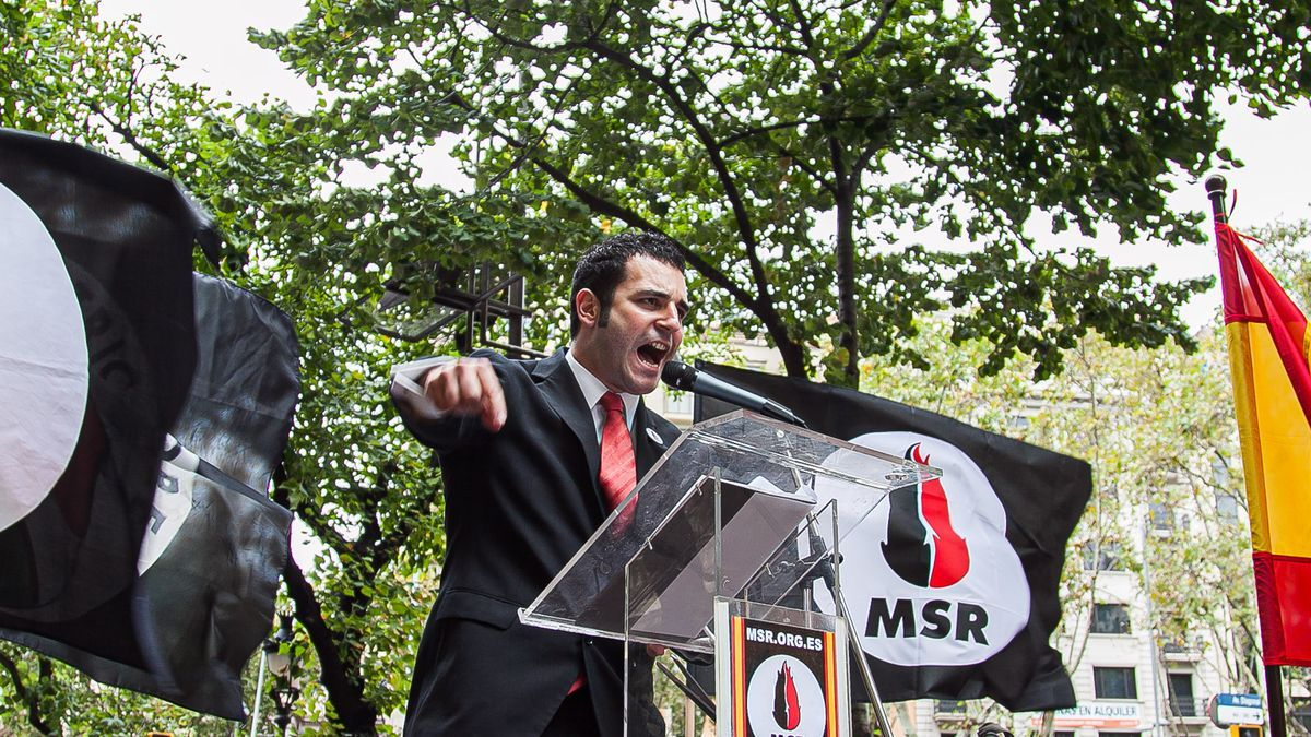 El dirigente de Vox Jordi de la Fuente, cuando formaba parte del partido neonazi MSR.