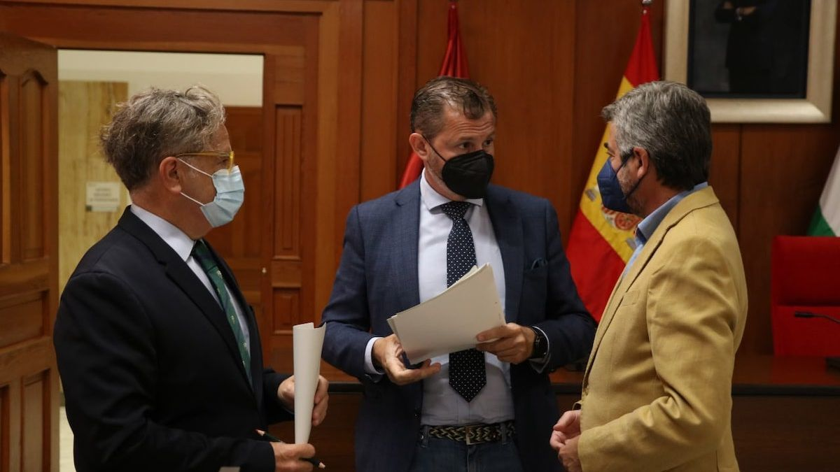 Salvador Fuentes, David Dorado y Miguel Ángel Torrico