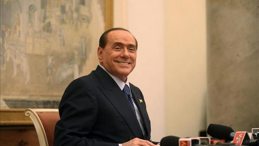 Berlusconi, ante una difícil semana en la que puede quedar fuera del Senado