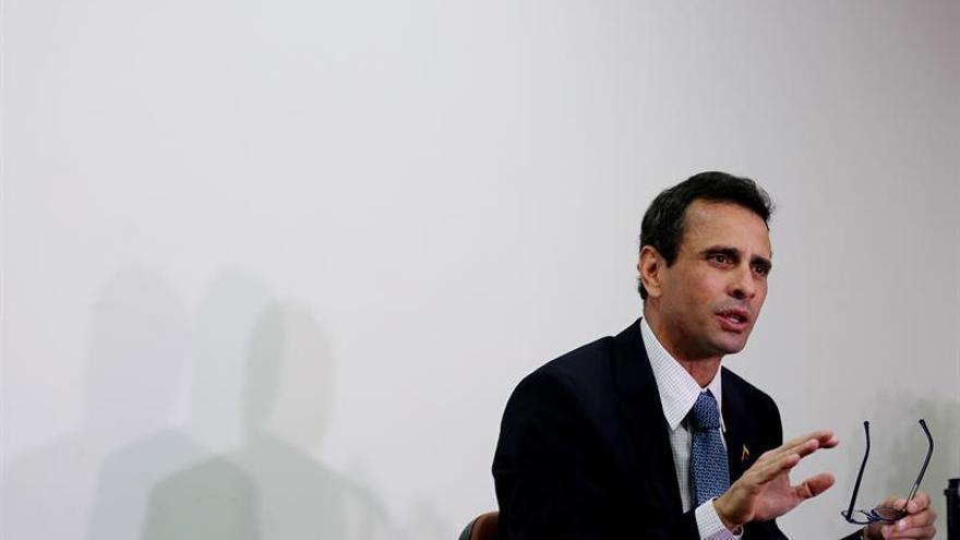 """Capriles pide convocar al Consejo Permanente de la OEA por el """"golpe Estado"""" en Venezuela"""