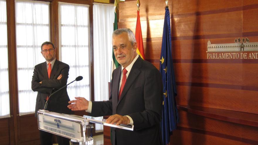 """Griñán defiende que su Gobierno ha sido """"proactivo"""" en la investigación y denuncia del caso de ERE"""