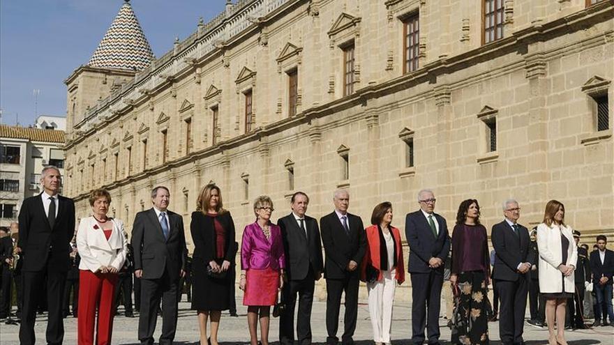 Andalucía recuerda su acceso a la autonomía plena con la vista en las elecciones