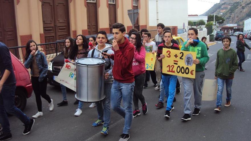 Los alumnos durante la manifestación