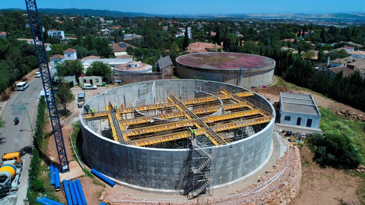 Las obras del nuevo depósito de Carril Huerta de Arcos se encuentran a un 60% de su ejecución
