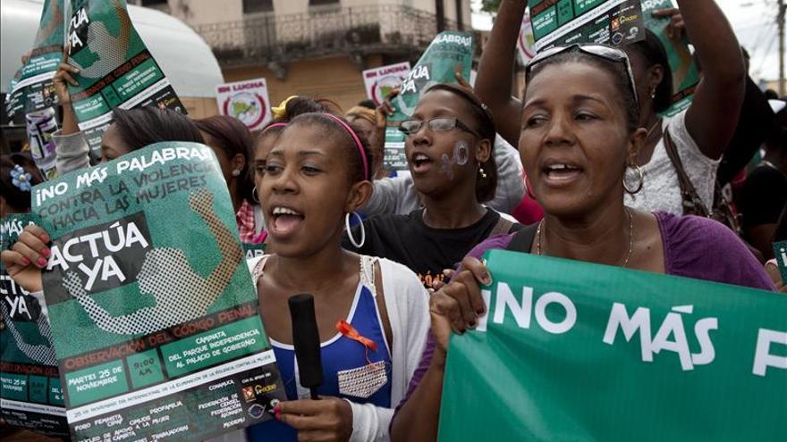 República Dominicana deja sentir su repudio a violencia machista con diversas marchas