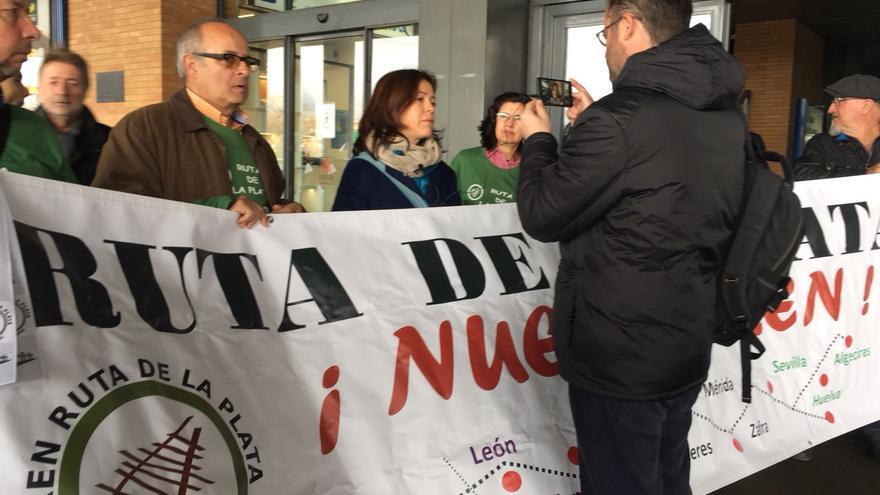 Concentración en la estación de Sevilla