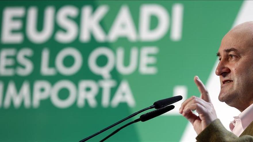 Ortuzar limita a PNV, Bildu y Podemos la lucha por los indecisos en Euskadi