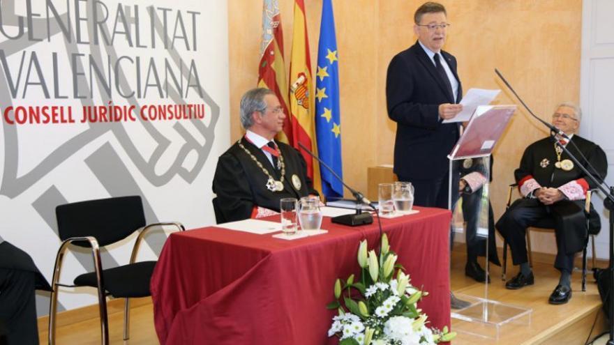 El presidente del CJC, Vicente Garrido, junto al president de la Generalitat, Ximo Puig