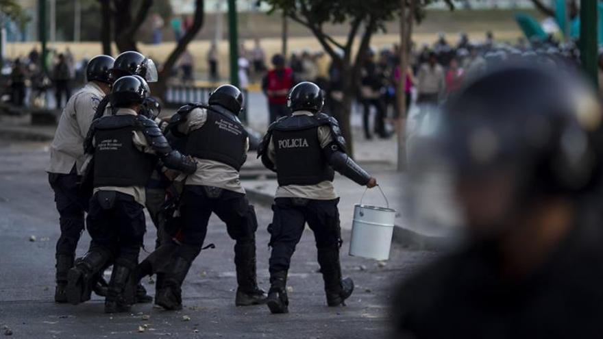 """La oposición venezolana seguirá con el diálogo cuando se remuevan los """"obstáculos"""""""
