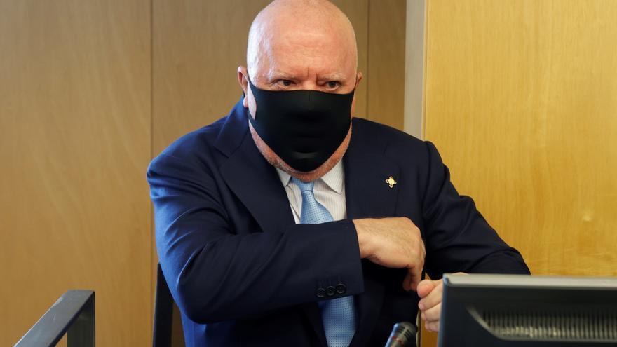 Imputado el director de auditoría del BBVA Joaquín Gortari por Villarejo