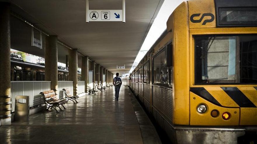 Cancelados más del 50 % de los trenes en Portugal por una huelga en el sector
