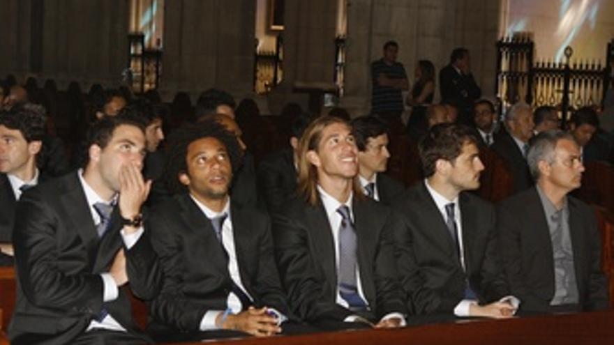 Higuain, Marcelo, Ramos, Casillas Y Mourinho En El Acto De La Almudena