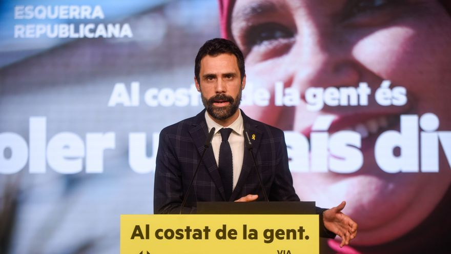 Archivo - El presidente del Parlament y número tres de ERC a las elecciones catalanas, Roger Torrent, en un acto de campaña telemático.