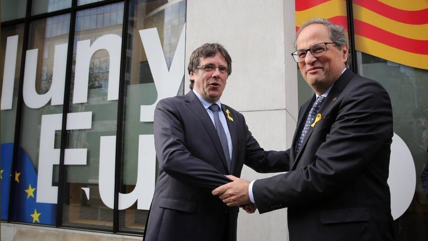 Puigdemont llega a Bruselas y se encuentra con Torra, Comín y Serret