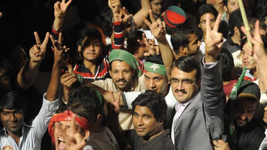 La expectación y el temor a la violencia marcan la jornada de reflexión en Pakistán