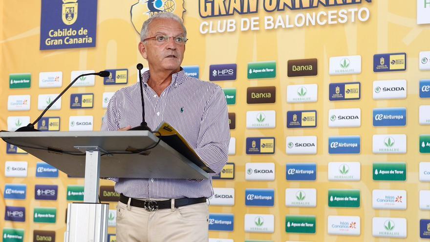 El presidente del Herbalife Gran Canaria, Miguel Betancor, durante la presentación de los abonos.