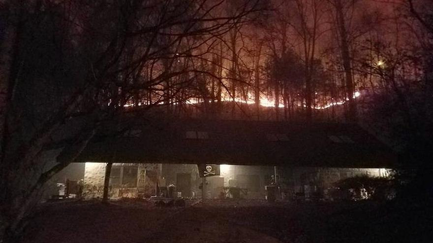 Aumenta a una decena la cifra de víctimas por el incendio en Tennessee