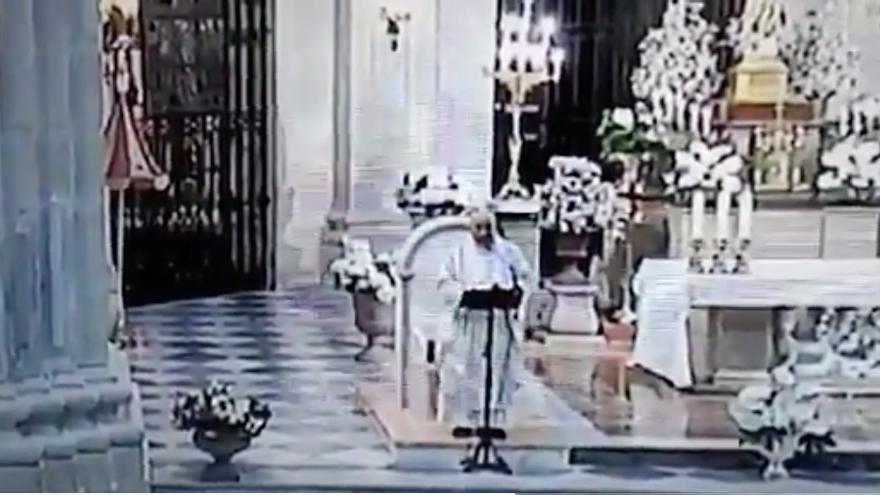 El párroco de la basílica de la Purísima de Yecla (Murcia) pide el voto para los partidos que defiendan los derechos de Dios