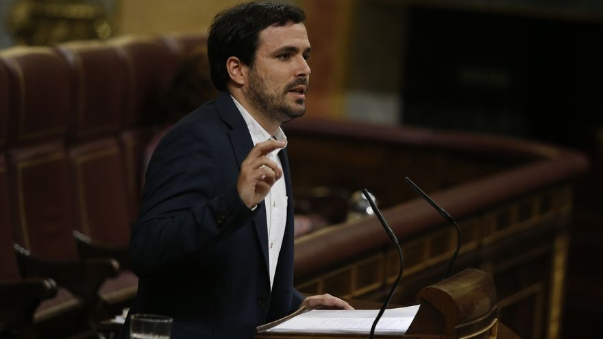 """Garzón (IU) reprocha al PSOE su """"ambigüedad"""" y se muestra """"escéptico"""" ante los primeros pasos de Sánchez"""