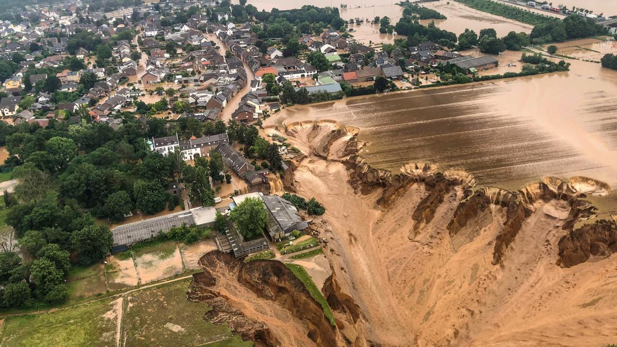 Vista aérea tras la inundación en la ciudad alemana de Erftstadt-Blessem, el 16 de julio de 2021