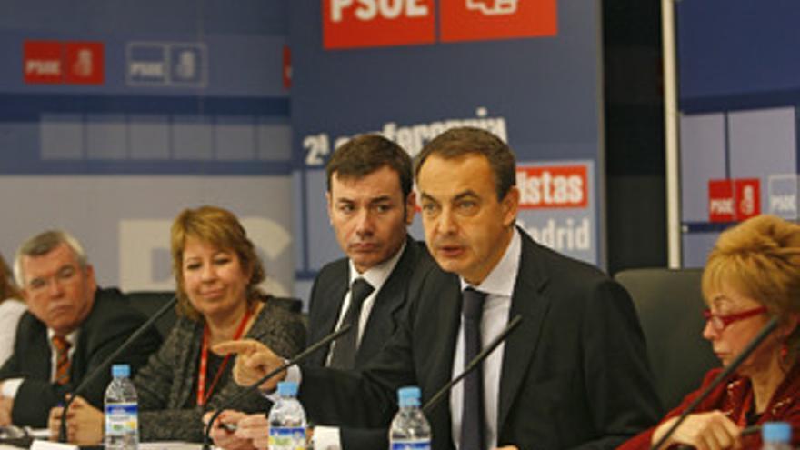 Tomás Gómez con Zapatero