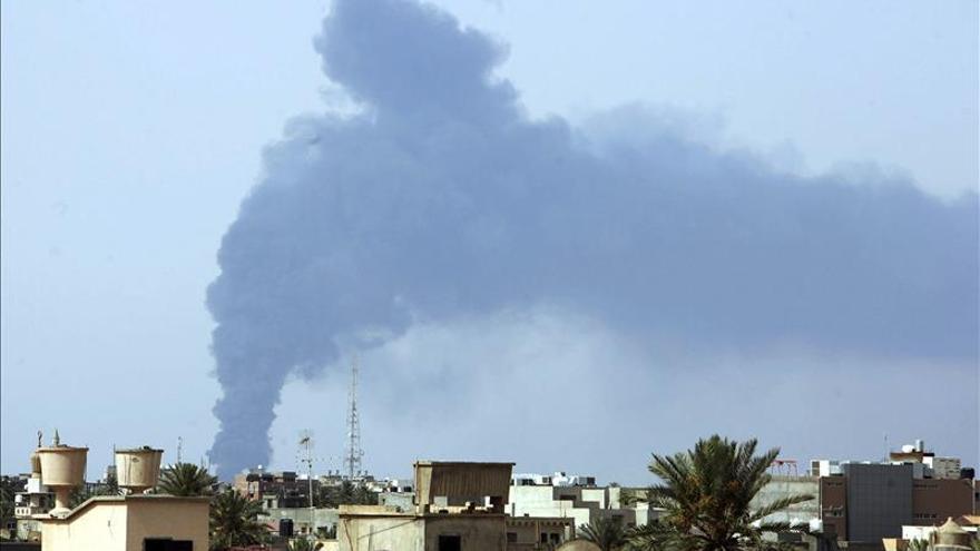 Cuatro milicianos muertos en combates, que se extienden al oeste de Libia