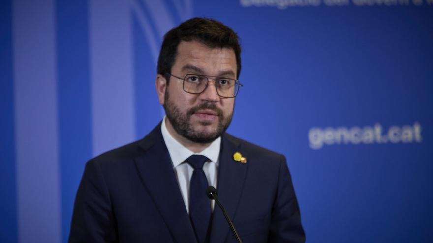 El president de la Generalitat catalana, Pere Aragonès ofrece una rueda de prensa en la librería Blanquerna tras la reunión mantenida con el presidente del Gobierno, a 29 de junio de 2021, en Madrid (España).