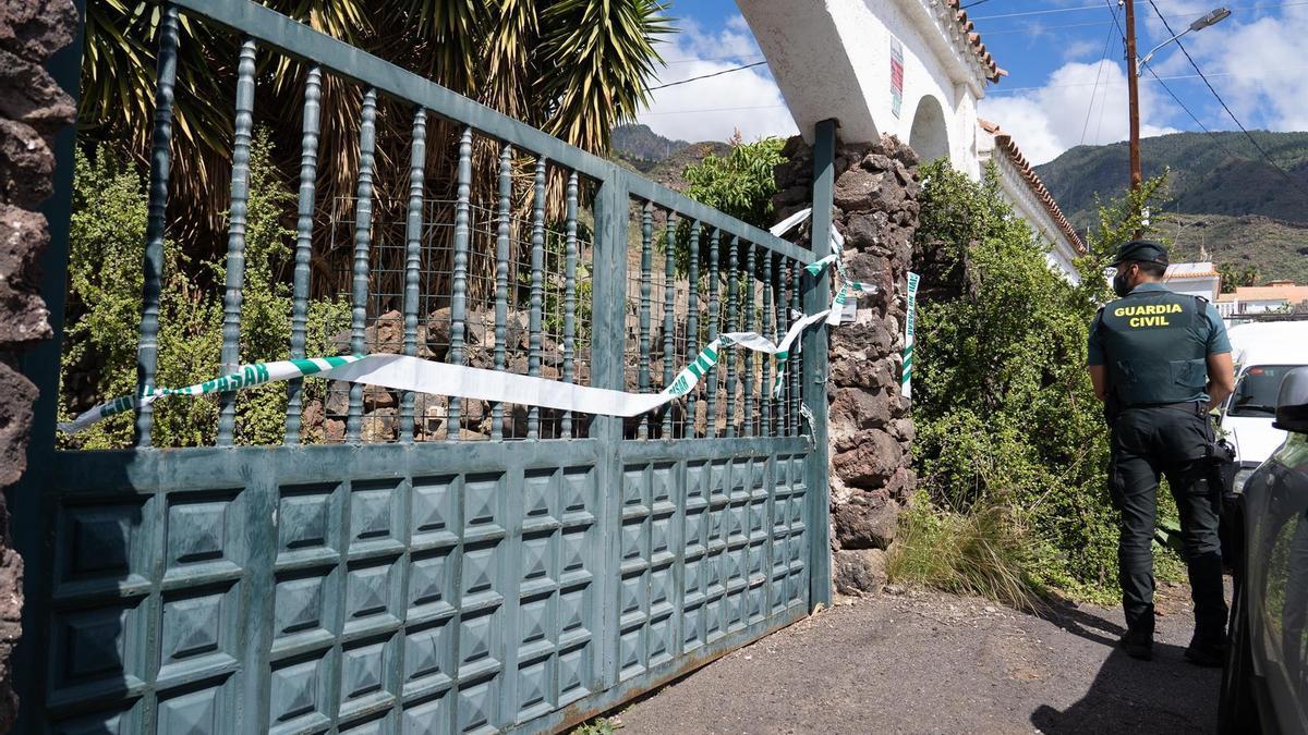 Registro en la vivienda del padre de las niñas en Candelaria, Tenerife