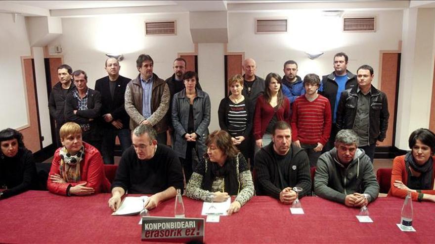 """Los partidos de EH Bildu ratifican su """"compromiso"""" con los presos de ETA"""
