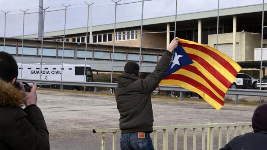 Los presos del procés llegan a las cárceles de Madrid once días antes del juicio