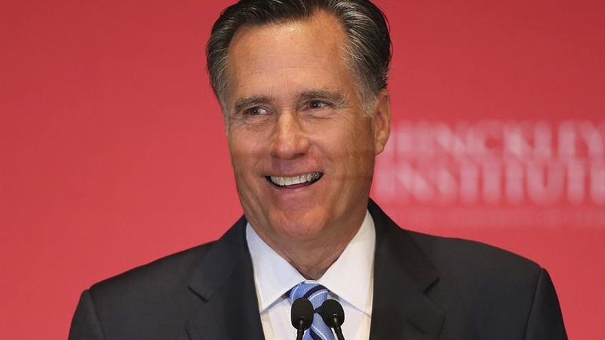 Trump se reunirá con Romney, con quien tuvo fuertes rivalidades políticas