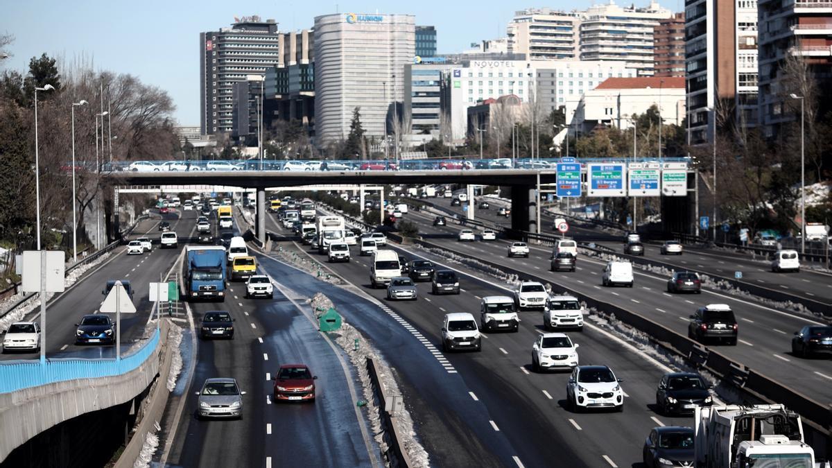 Carretera M-30 a su paso por Ventas, en Madrid