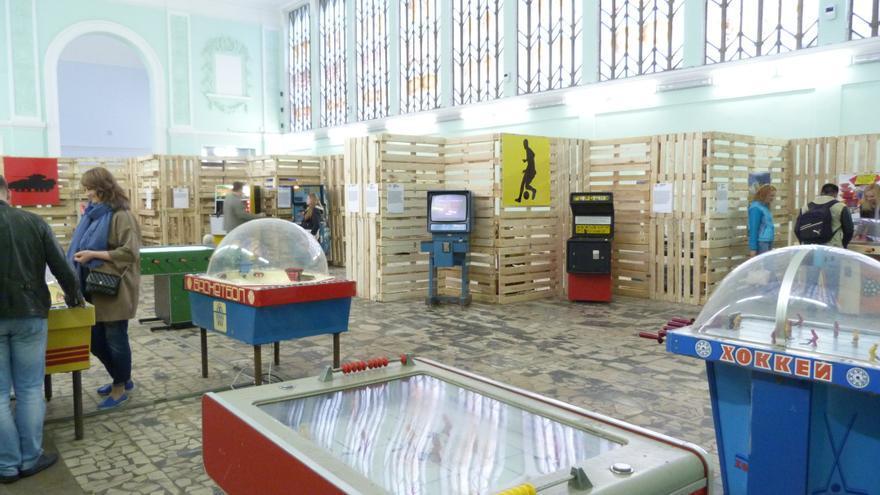 Exposición de máquinas recreativas soviéticas. VDNKh, Moscú. Mayo de 2015 / Foto: Ángel Ferrero