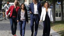 Pedro Sánchez, Sara Hernández, Meritxell Batet y Zaida Cantera