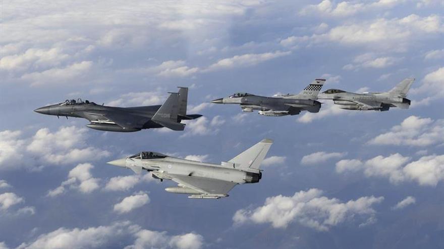 Seúl y Washington inician maniobras militares en el espacio aéreo surcoreano