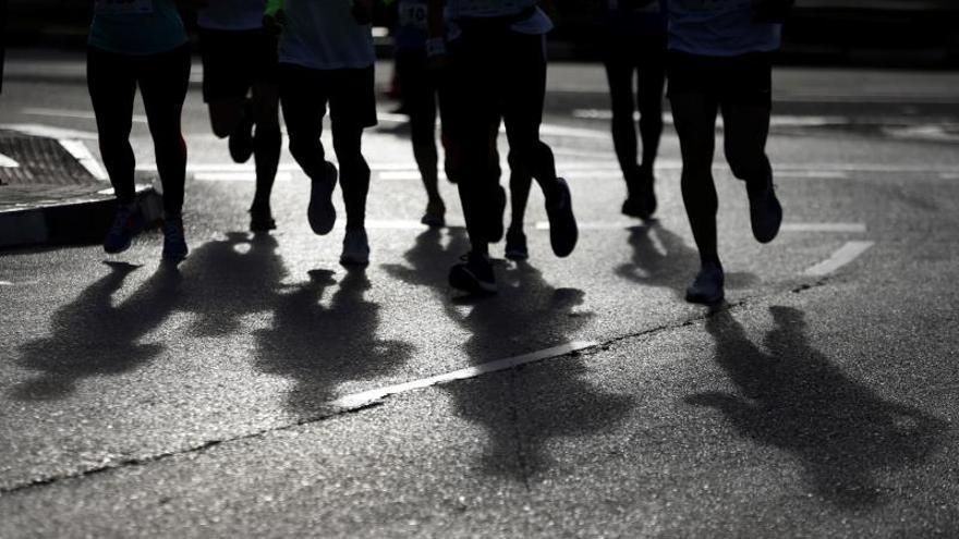 Centenares de corredores en Madrid para visibilizar el problema del suicidio