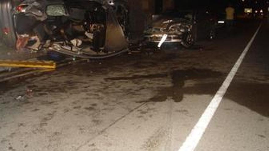 Un total de cinco personas fallecen en las carreteras