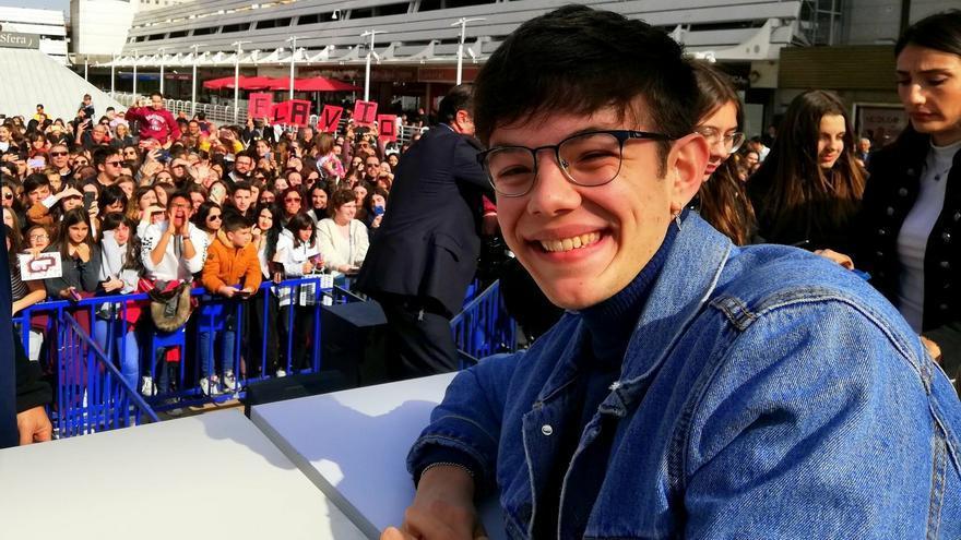 Flavio en la firma de discos acompañado por cientos de fans en Valencia