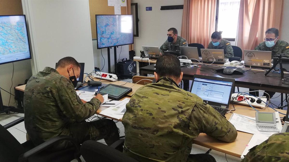 Los militares, en la zona de mandos
