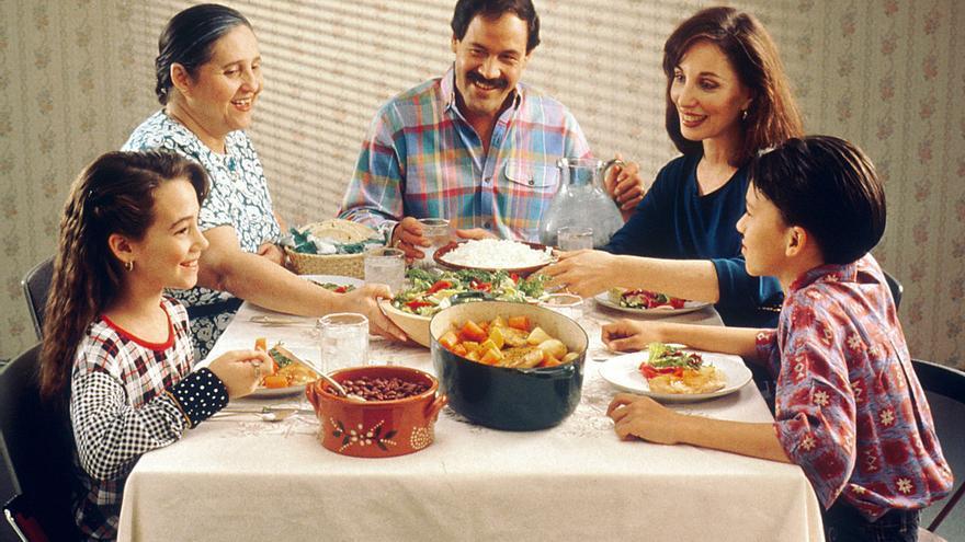 De cenita con la family. Y mi churri. Y mi gordi. Y mi papi.